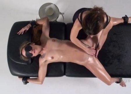 Эротический бондаж массаж до оргазма связанной девушки-лесби