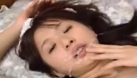 Азиатские ретро камшоты - сборник кончающих азиаткам в рот