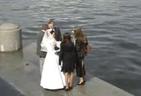 Свадьба русских молодых свингеров с сексом в первую брачную ночь