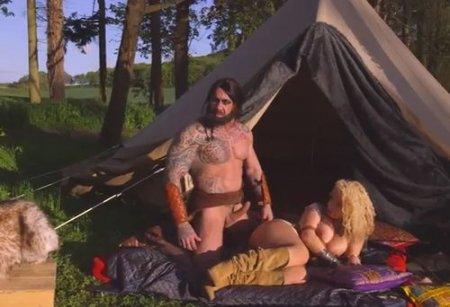 Порно версия дикаря кхалка Дрого в жмж оргии с кхалиси на природе