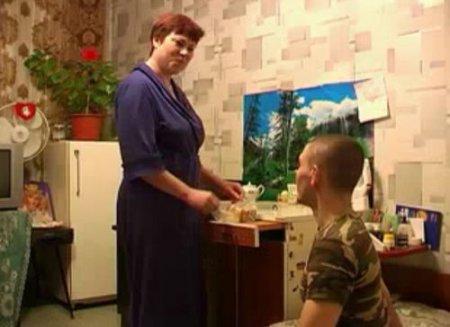 Мама приехала к сыну и переспала с ним в комнате для свиданий
