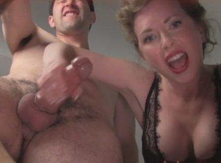 Любительская подборка мужских фемдом оргазмов от зрелой госпожи