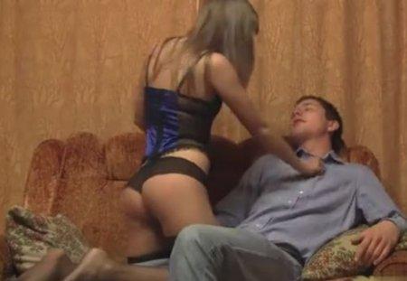 Лучший русский бдсм трах дома парня и молодой девки с верёвками