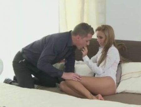 Сексуальное нежное порно чешской пары из коллекции Dane Jones
